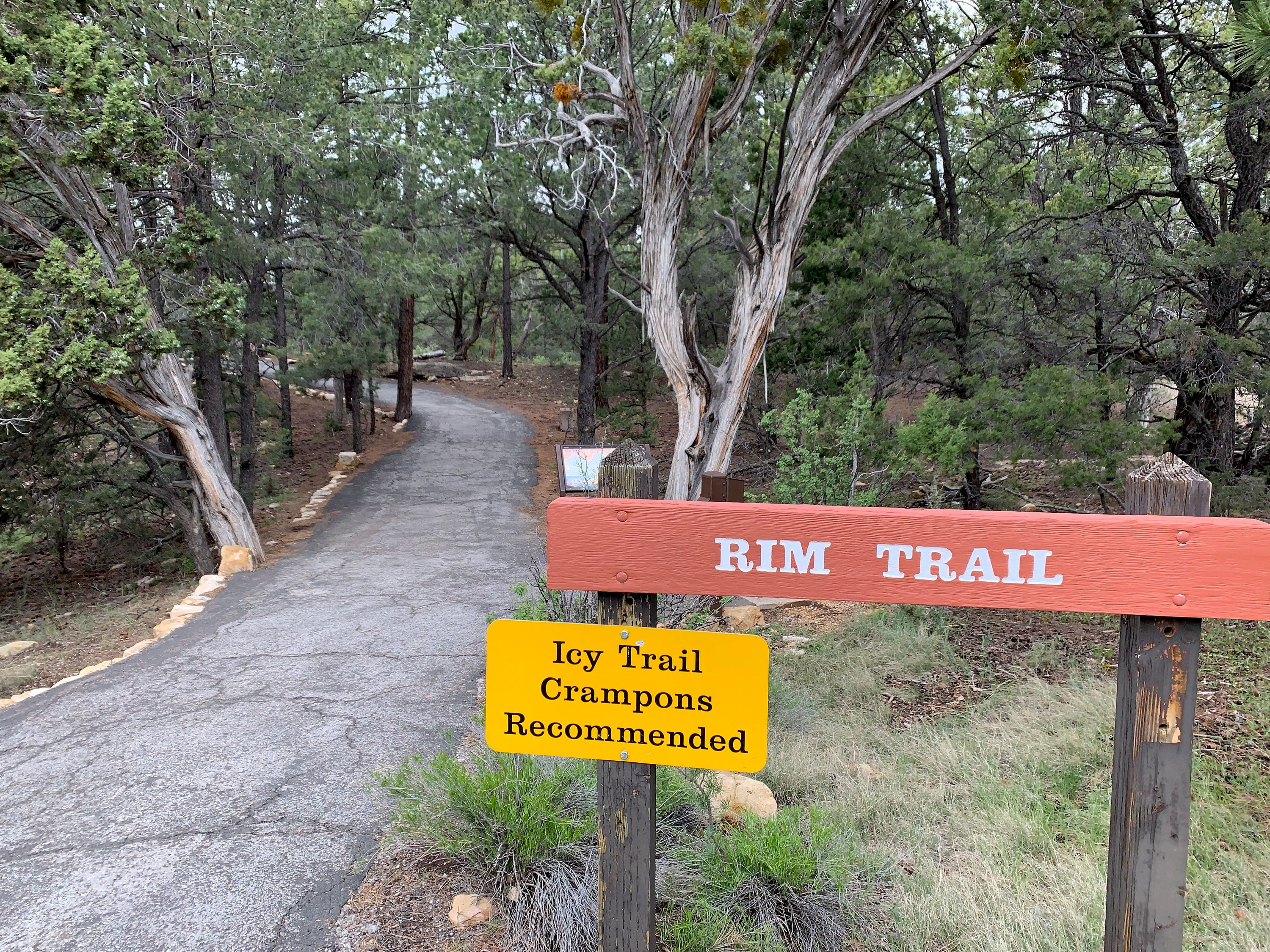 An entrance to the Rim Trail near a Visitor's Center at the Grand Canyon
